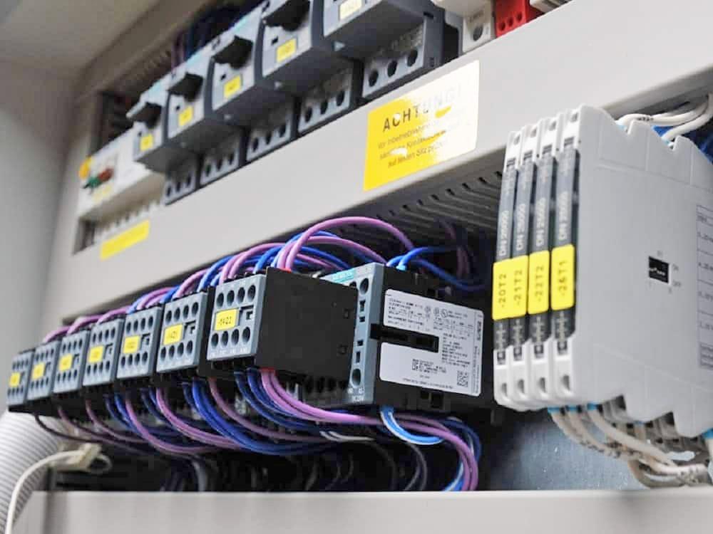 Schaltanlagen/Elektrokonstruktion | Beispiel 2