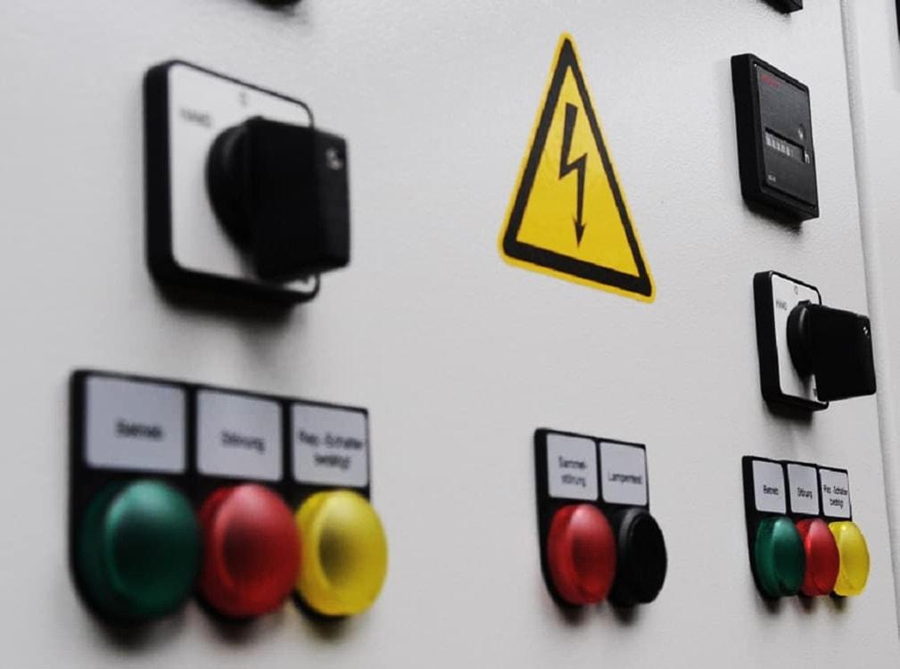 Schaltanlagen/Elektrokonstruktion | Beispiel 9
